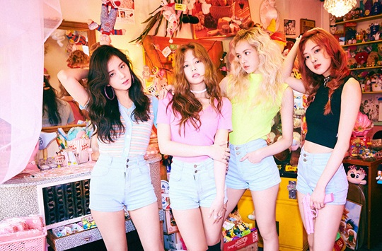 BLACKPINK(ブラックピンク)、PLAYING WITH THE FIRE のPVが1億ビュー突破